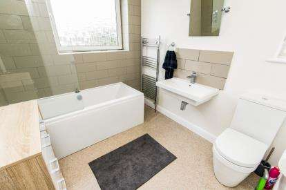 3 Bedrooms Semi Detached House for sale in Brant Road, Lincoln, Lincolnshire, .