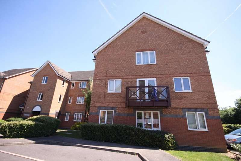 2 Bedrooms Flat for sale in Peregrin Road, Waltham Abbey, Essex, EN9