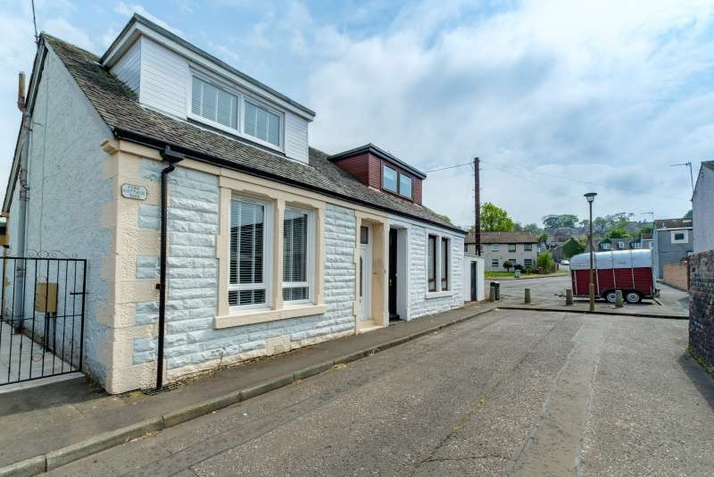 2 Bedrooms Cottage House for sale in 1 Philpingstone Lane, Bo'ness, EH51 9JP