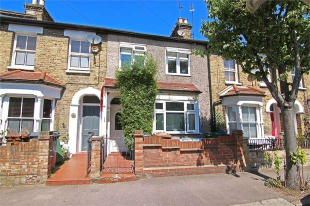 2 Bedrooms Terraced House for sale in Woodville Road, Walthamstow, London