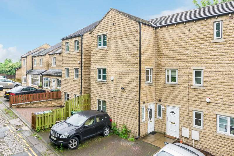 4 Bedrooms Semi Detached House for sale in Highgate Road, Dewsbury