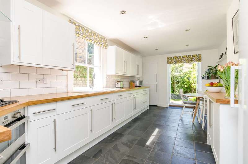 4 Bedrooms House for sale in Poplar Road, Herne Hill, SE24