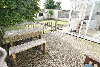 3 Bedrooms Detached Bungalow for sale in Rocky Park Road