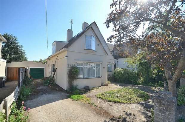 4 Bedrooms Detached House for sale in Great Dunmow, Essex
