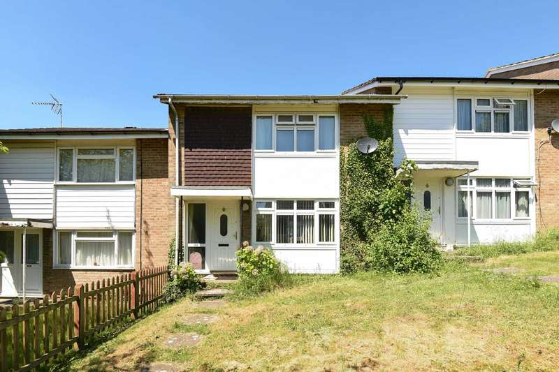 2 Bedrooms Terraced House for sale in The Pastures, High Wycombe