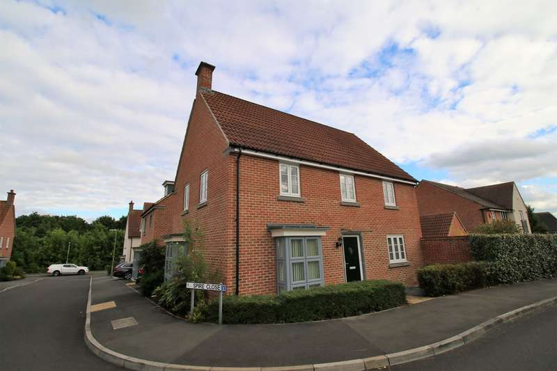 4 Bedrooms Detached House for sale in Benham Road, Marnel Park, Basingstoke, RG24