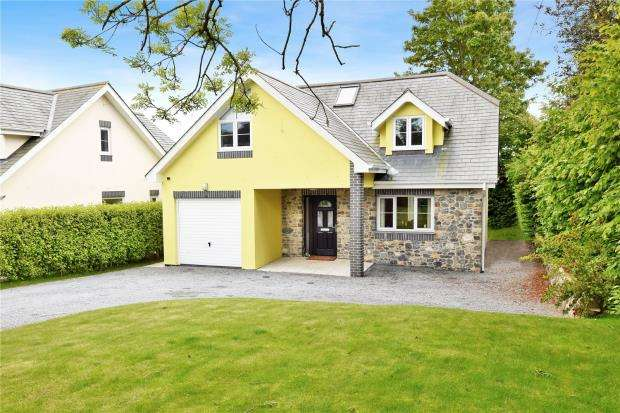 4 Bedrooms Detached House for sale in Higher Warborough Road, Galmpton, Brixham, Devon