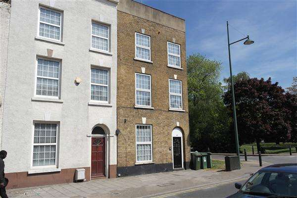 1 Bedroom Apartment Flat for sale in West Street, Erith