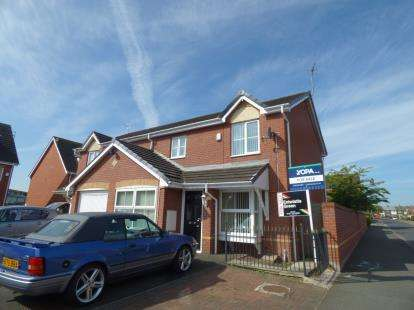 House for sale in Heydon Close, Halewood, Liverpool, Merseyside, L26