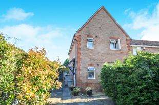 3 Bedrooms End Of Terrace House for sale in Teal Avenue, Orpington, .