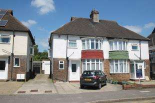 3 Bedrooms Semi Detached House for sale in Old Shoreham Road, Hove, East Sussex