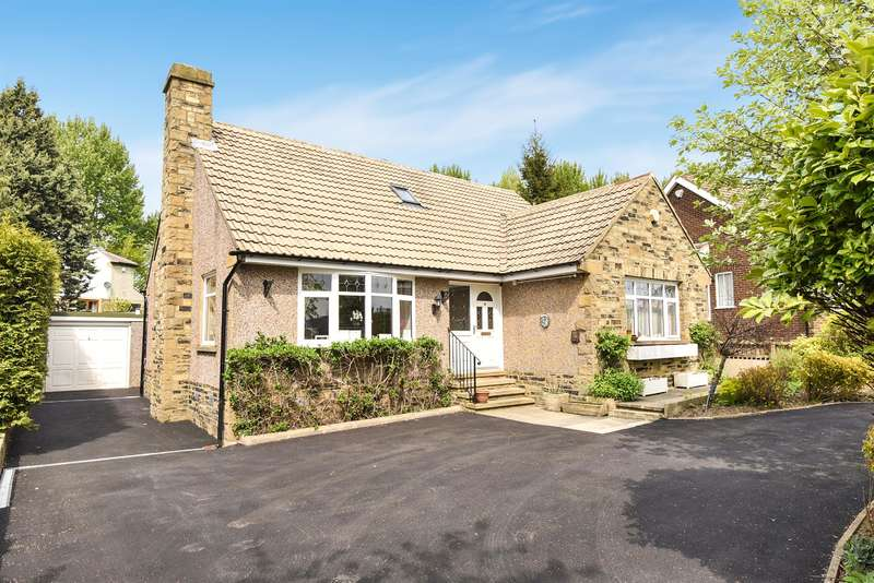 3 Bedrooms Bungalow for sale in St. Johns Way, Yeadon, Leeds, LS19 7BH