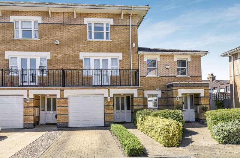 3 Bedrooms Town House for sale in Drake Mews Bromley BR2