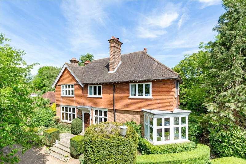 5 Bedrooms Detached House for sale in Milthorne Close, Croxley Green, Rickmansworth, Hertfordshire, WD3