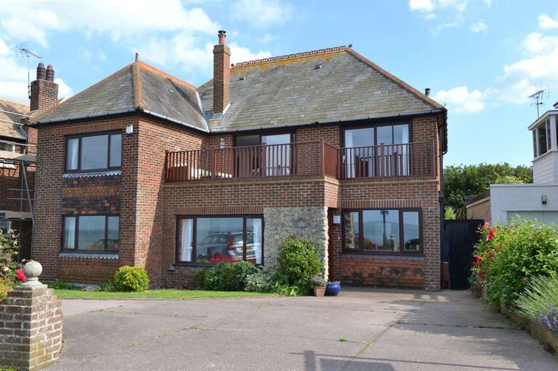 4 Bedrooms Detached House for sale in 26 Marine Crescent, Tankerton, Whitstable