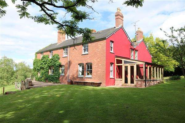 5 Bedrooms Farm House Character Property for sale in Tre-Evan Farm, Llangarron, Llangarron - Ross-on-Wye