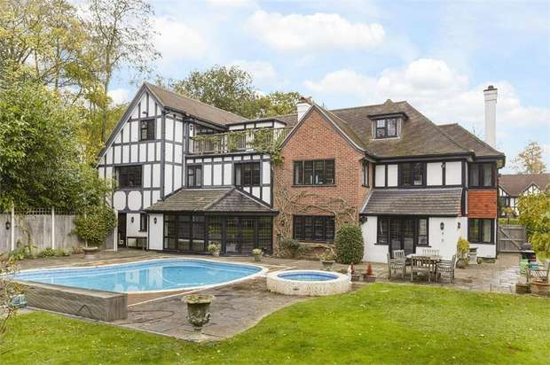 7 Bedrooms Detached House for sale in Silverdale Avenue, WALTON-ON-THAMES, Surrey