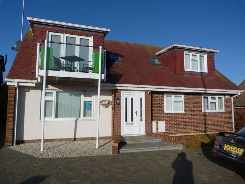 3 Bedrooms Detached House for sale in Dumpton Park Drive, Broadstairs
