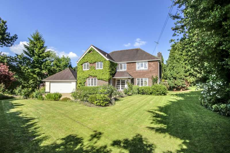 5 Bedrooms Detached House for sale in Broomers Hill Lane, Pulborough, West Sussex, RH20