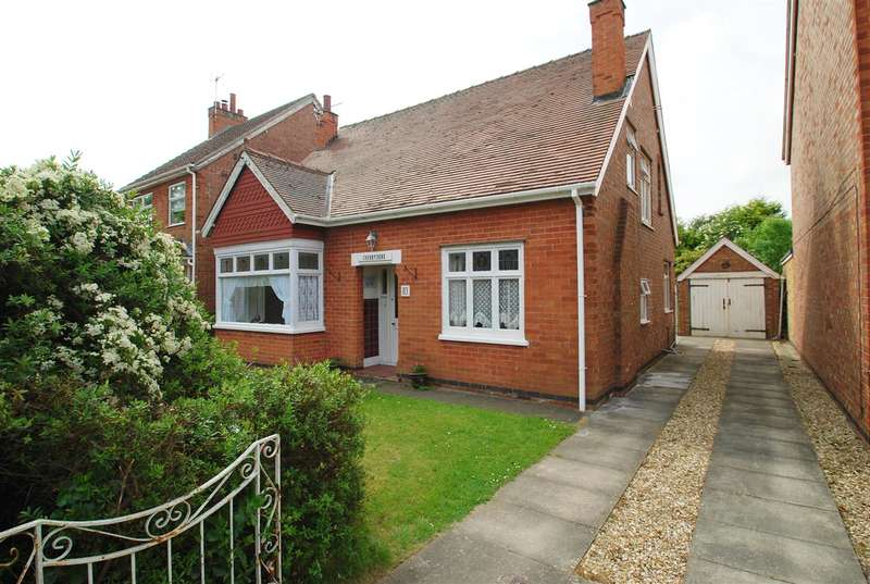 5 Bedrooms Bungalow for sale in Burgh Road, Skegness
