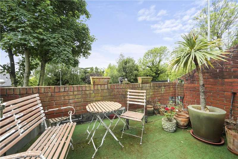 2 Bedrooms Flat for sale in St. Laurence Close, Chevening Road, Queen's Park, London, NW6