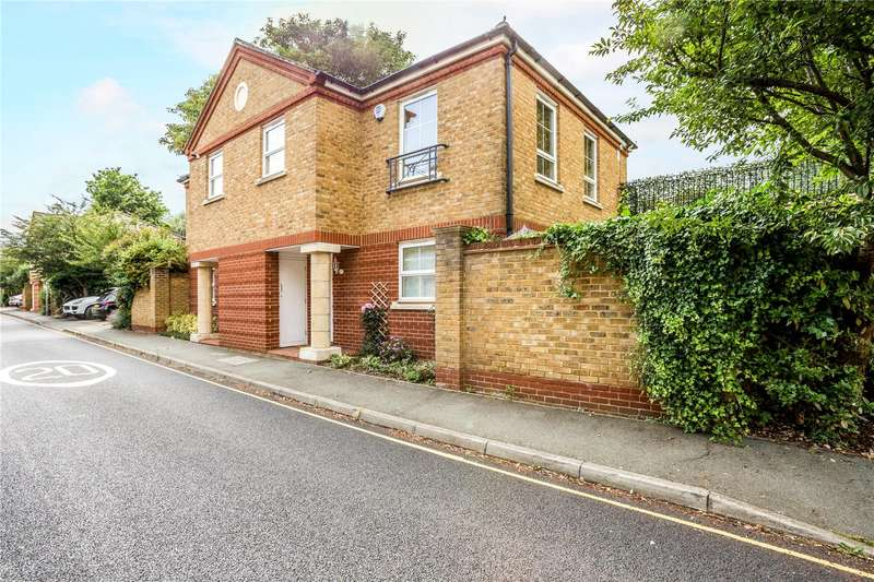 4 Bedrooms Semi Detached House for sale in Pumping Station Road, London, W4