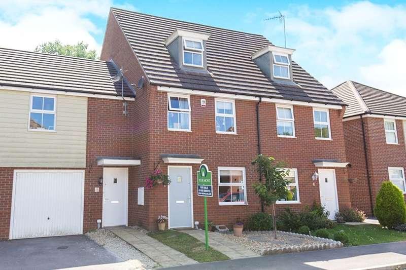 3 Bedrooms Semi Detached House for sale in Castilian Way, Whiteley, Fareham, PO15