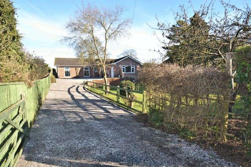 4 Bedrooms Property for sale in New Road, East Hagbourne, Didcot