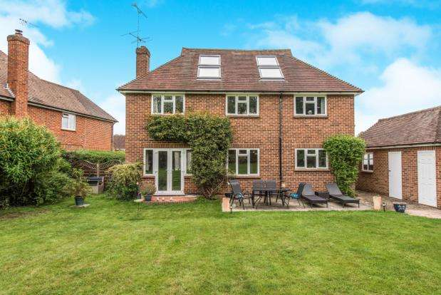 4 Bedrooms Detached House for sale in Boxgrove, Guildford, Surrey