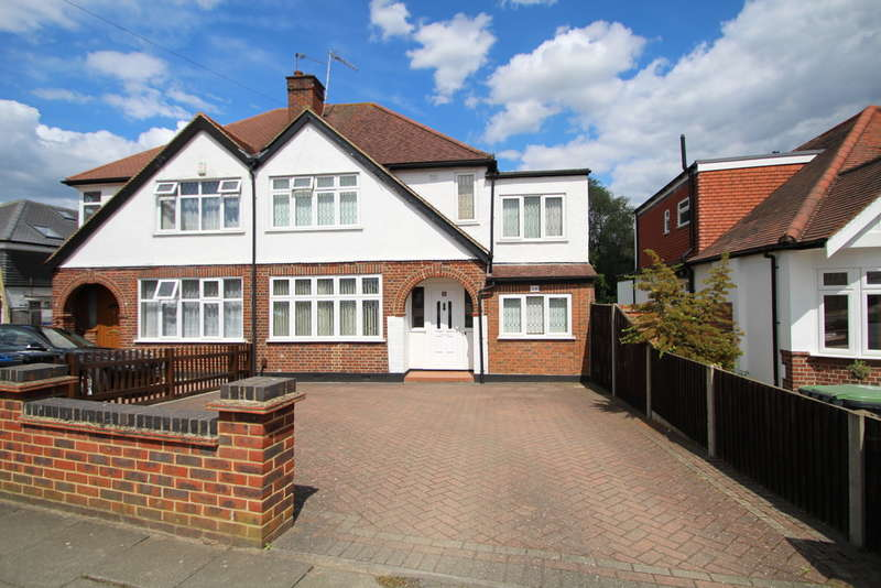 4 Bedrooms Semi Detached House for sale in Elmbridge Avenue, Surbiton