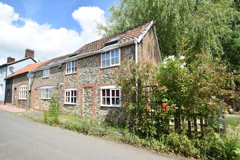 3 Bedrooms Cottage House for sale in Blacksmiths Lane, Rede