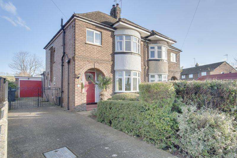 3 Bedrooms Semi Detached House for sale in Canterbury