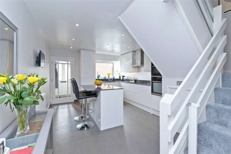 3 Bedrooms Terraced House for sale in Galgate Close, London, SW19