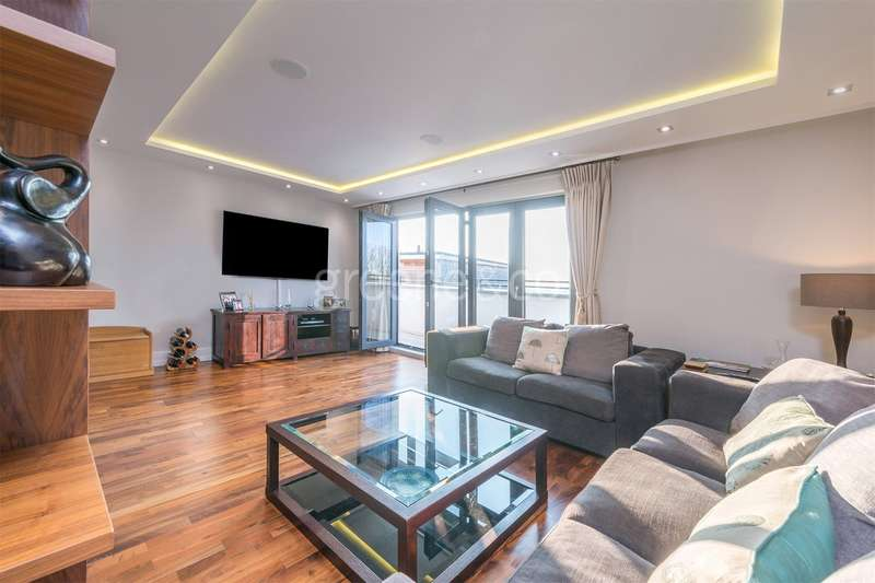 3 Bedrooms Flat for sale in Tudor House, Madoc Close, Child's Hill, London, NW2