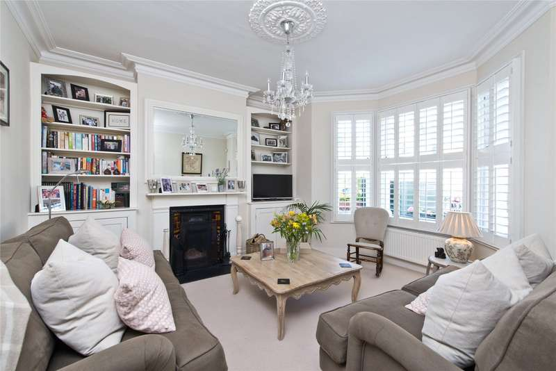 4 Bedrooms Terraced House for sale in Trentham Street, London, SW18