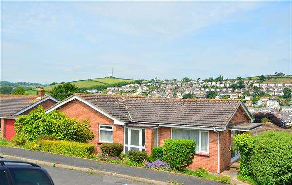 3 Bedrooms Bungalow for sale in West Cliff Close, Dawlish
