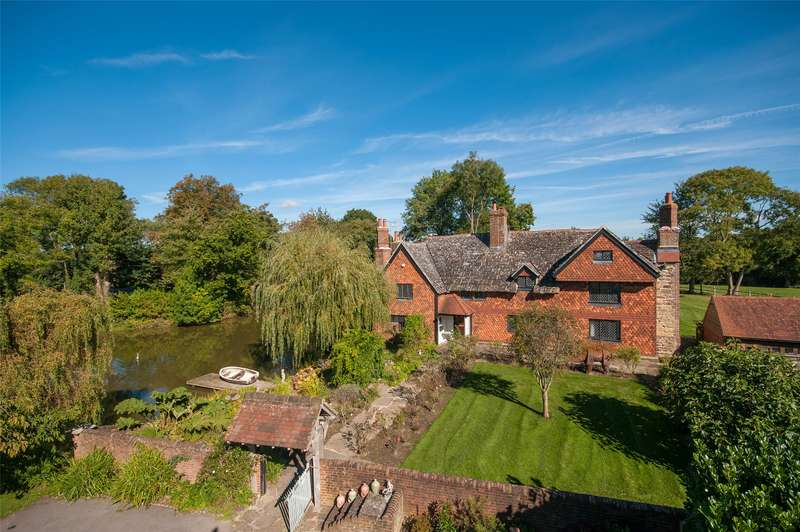 6 Bedrooms Detached House for sale in Rusper Road, Capel, Dorking, Surrey, RH5