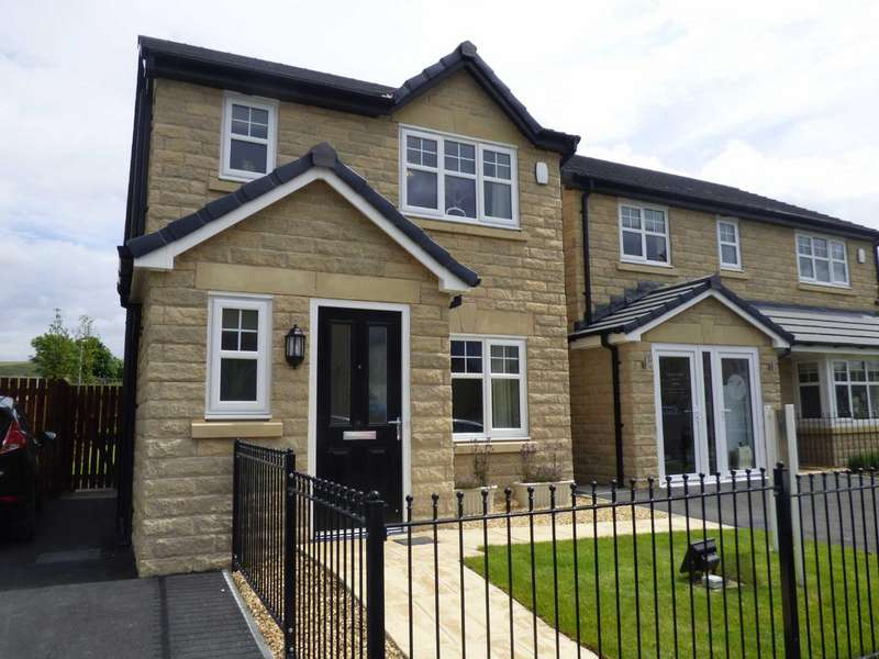 3 Bedrooms Detached House for sale in Plot 60 Woodland Grange, Fieldfare Way, Bacup, Lancashire, OL13