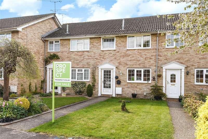 3 Bedrooms Terraced House for sale in Church Road, Owlsmoor, Sandhurst, Berkshire, GU47