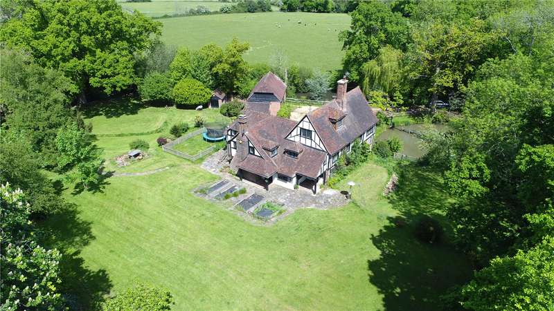 6 Bedrooms Detached House for sale in North Common Road, Wivelsfield Green, East Sussex, RH17