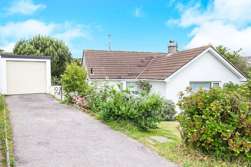 3 Bedrooms Detached Bungalow for sale in Forth Vean, Portreath, Redruth, TR16