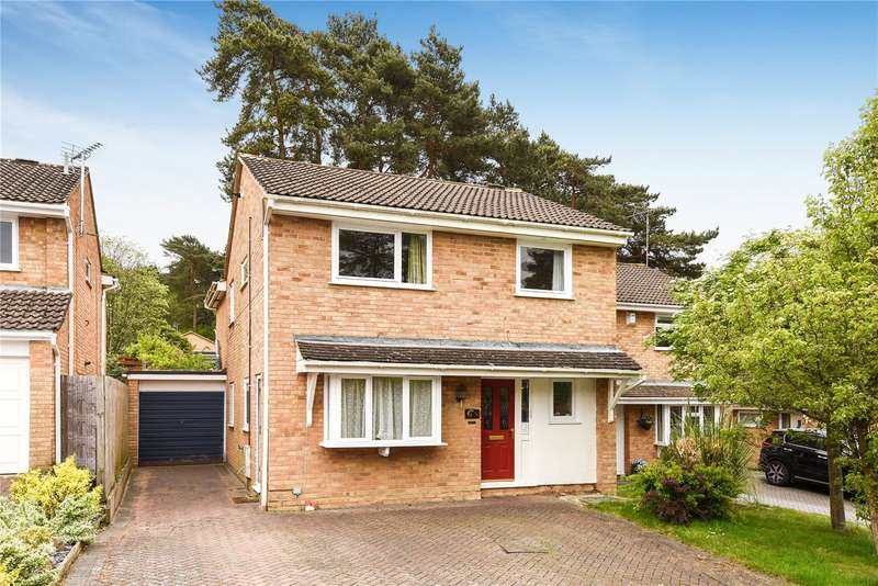 5 Bedrooms Detached House for sale in Harvard Road, Owlsmoor, Sandhurst, Berkshire, GU47