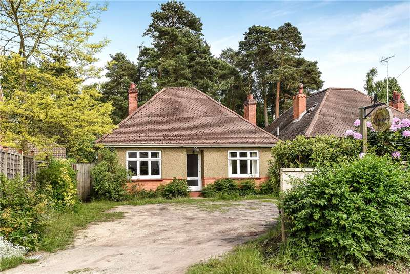 2 Bedrooms Detached Bungalow for sale in Soldiers Rise, Finchampstead, Wokingham, Berkshire, RG40