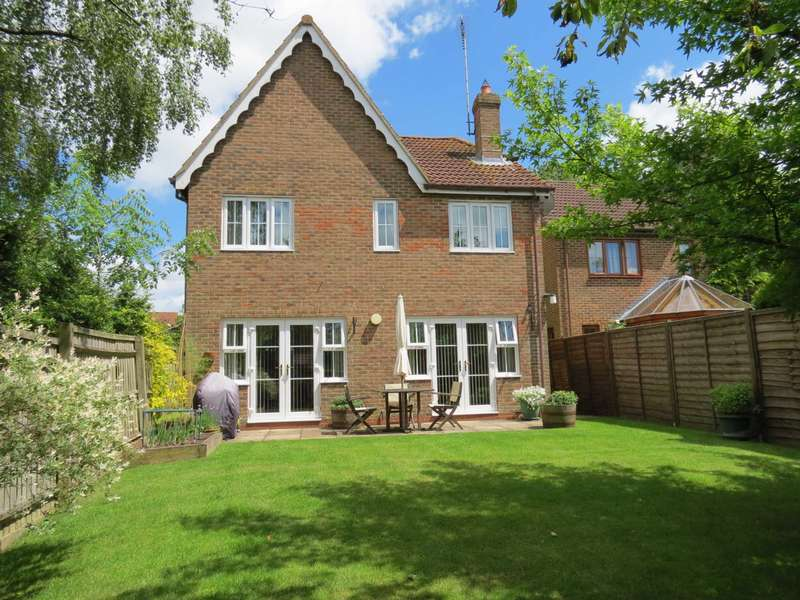 4 Bedrooms Detached House for sale in Saddlers Way, Burbage