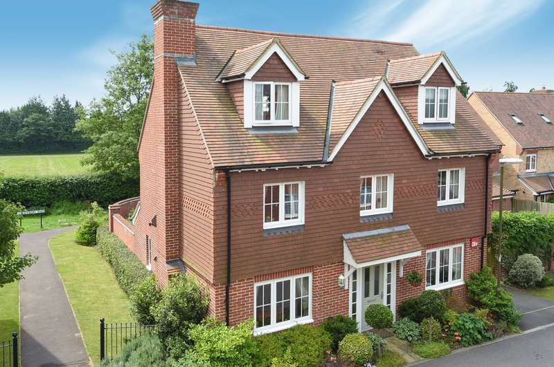 5 Bedrooms Detached House for sale in Toronto Road, Petworth, GU28