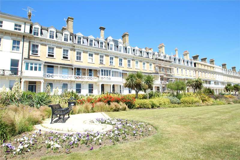 2 Bedrooms Apartment Flat for sale in Heene Terrace, Worthing, West Sussex, BN11