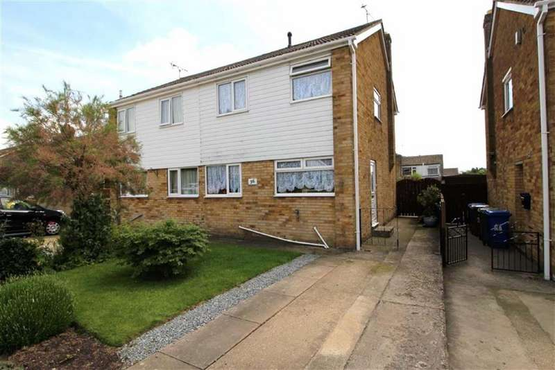 3 Bedrooms Semi Detached House for sale in Greenways, Driffield, East Yorkshire