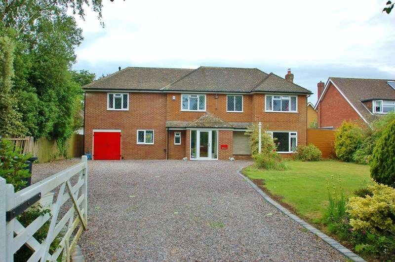 6 Bedrooms Detached House for sale in The Avenue, Alverstoke, Gosport
