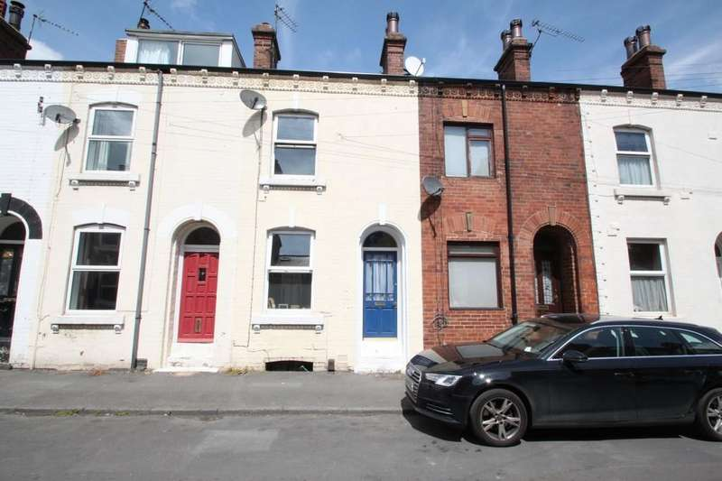 3 Bedrooms Terraced House for sale in Chatsworth Road, Harrogate