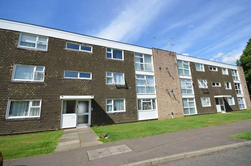 2 Bedrooms Flat for sale in Lethe Grove, Colchester